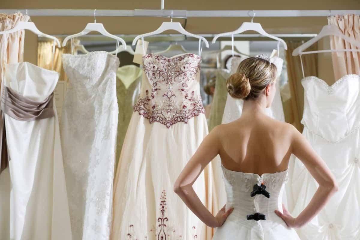 النقاط التي يجب على جميع عروس معرفتها قبل الزفاف